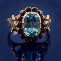 Gold mens ring with aquamarine
