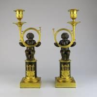 Pár empírových figurálních svícnů